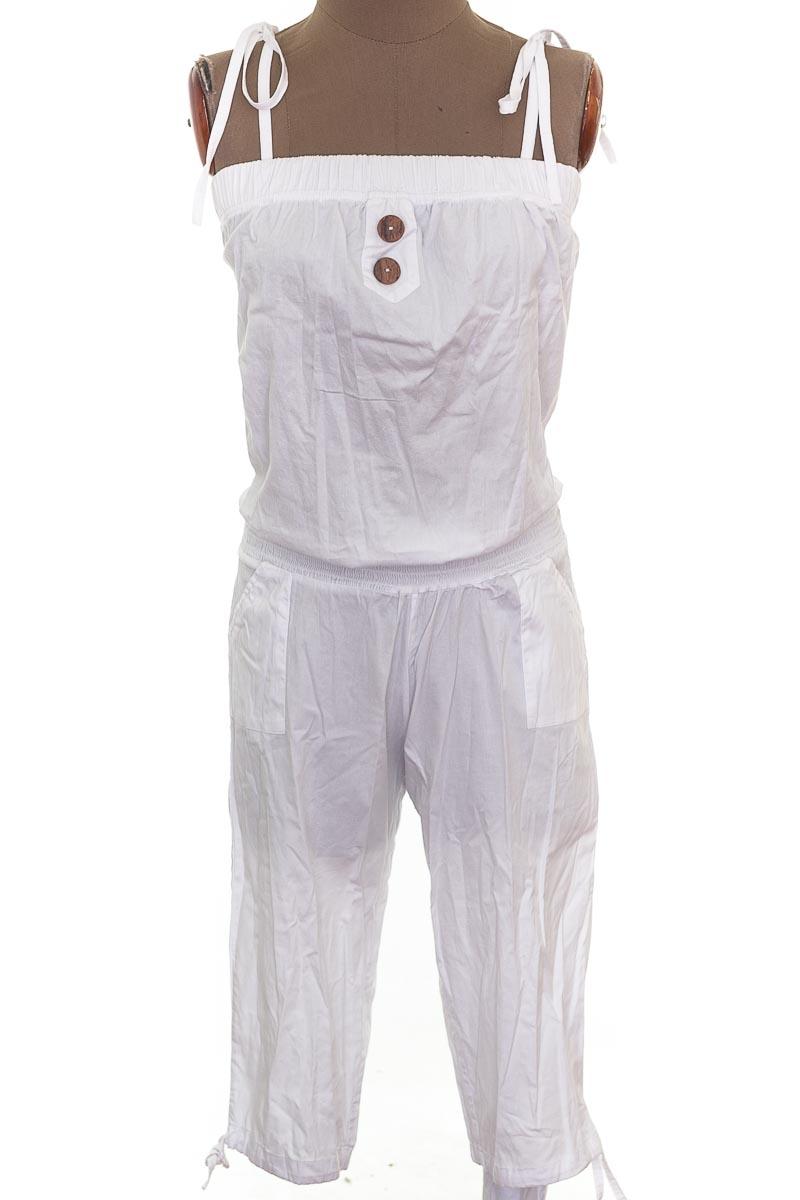 Vestido / Enterizo Enterizo color Blanco - Closeando