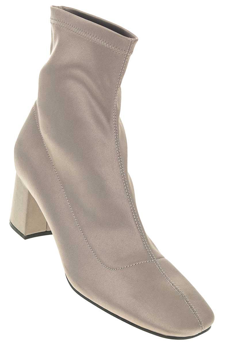 Zapatos Bota color Gris - Zara