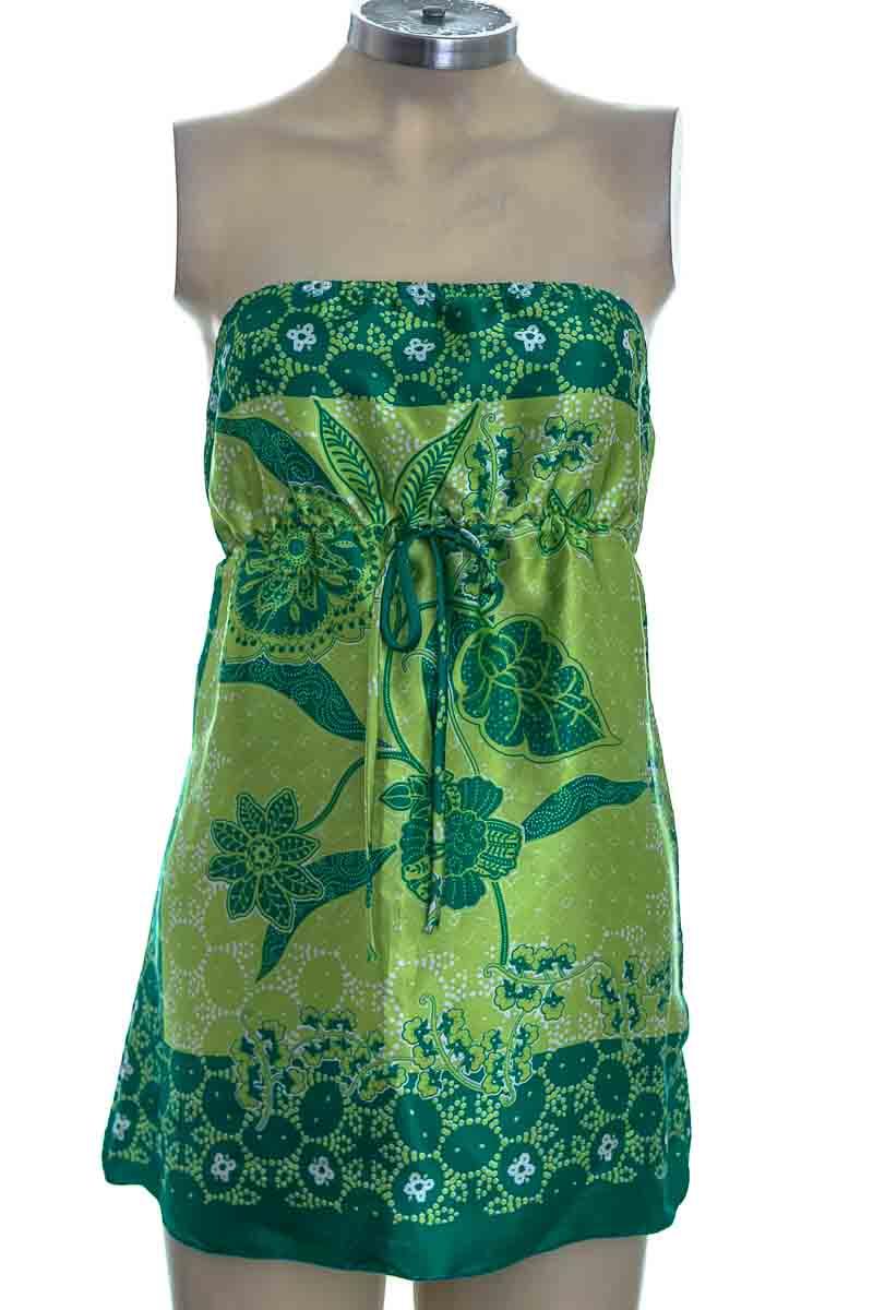 Blusa color Verde - Charlotte Russe