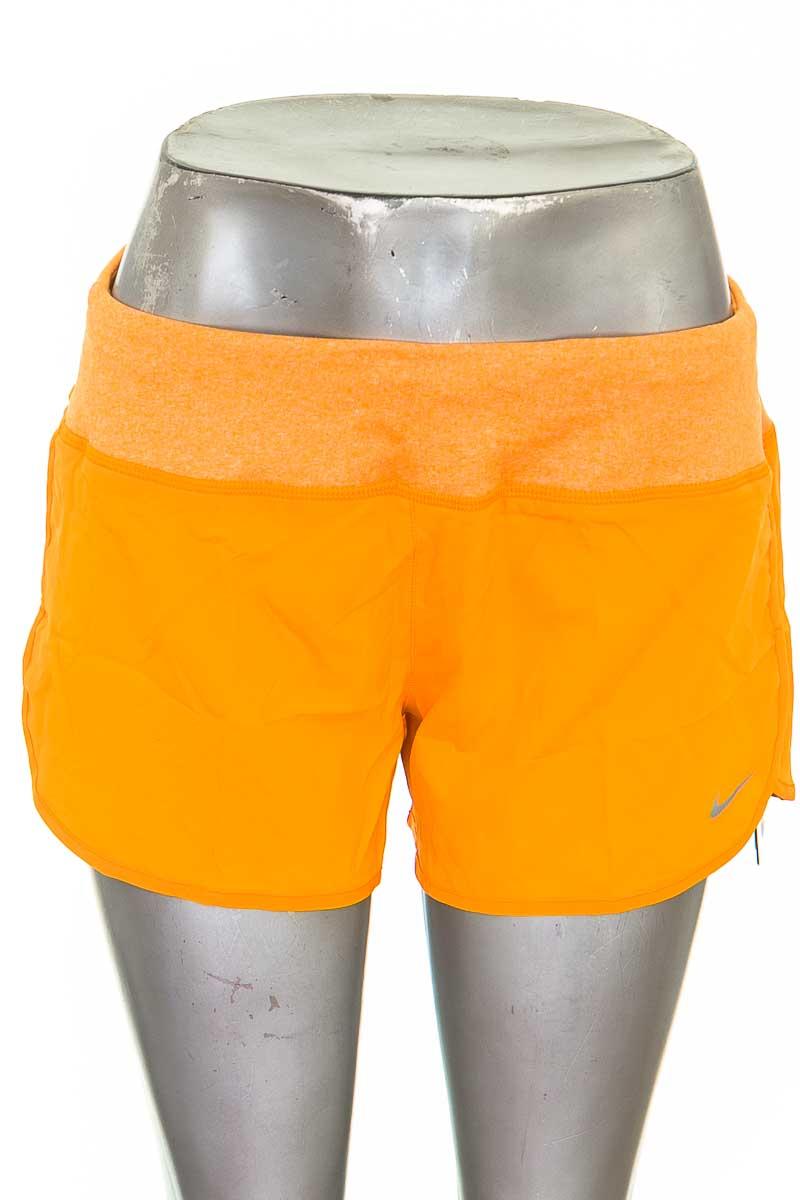 Ropa Deportiva / Salida de Baño Short Deportivo color Naranja - Nike