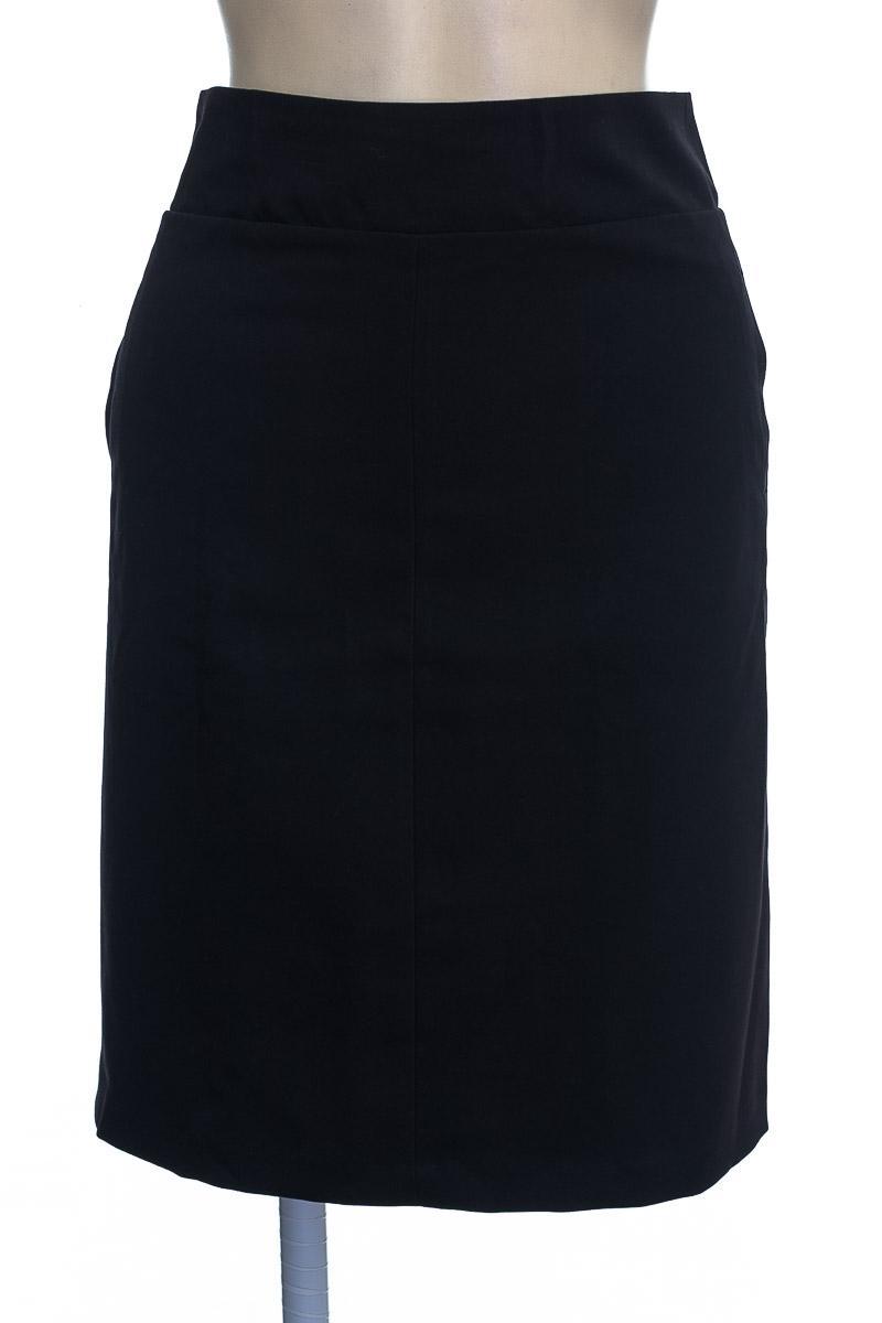 Falda color Negro - PATPRIMO