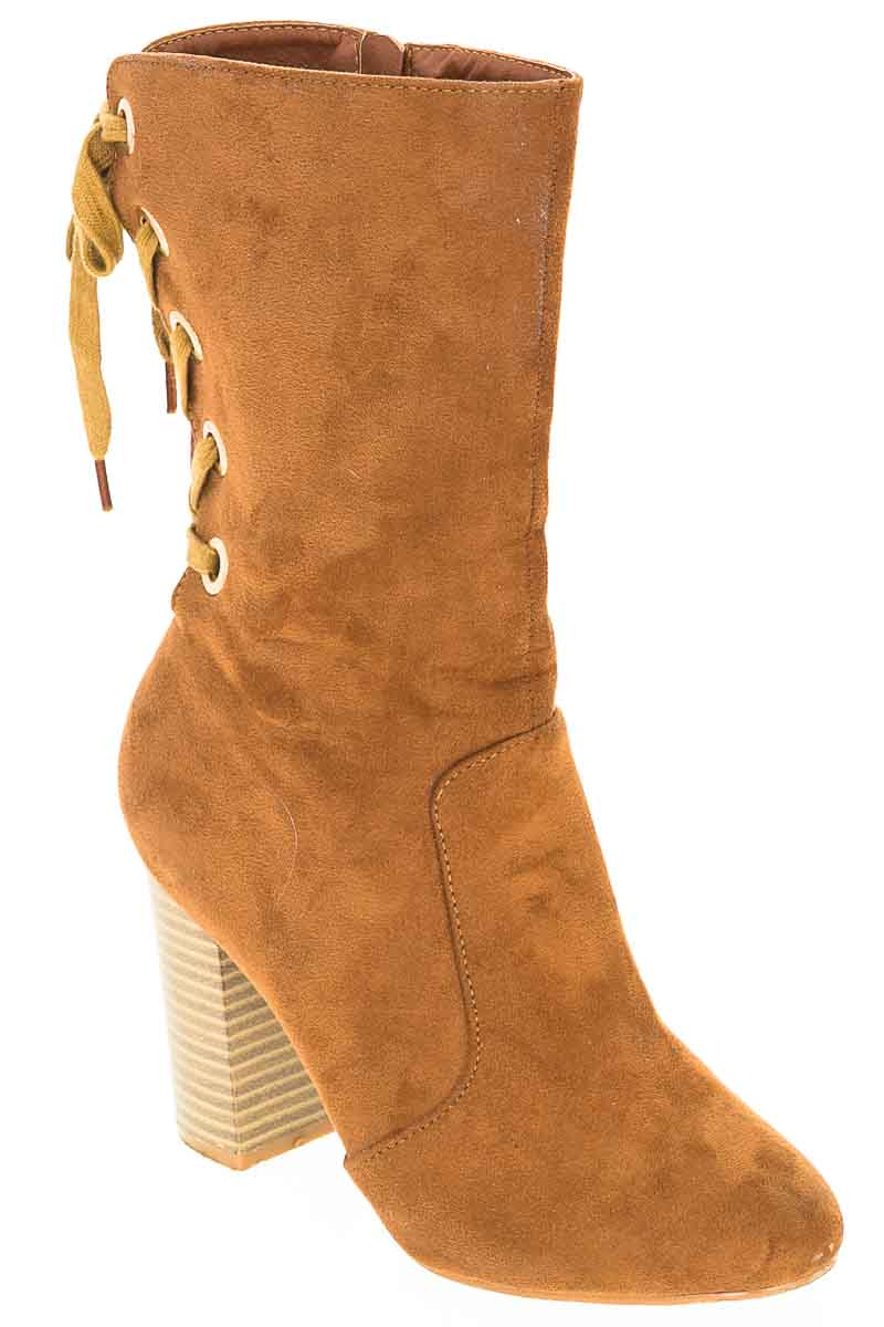 Zapatos Bota color Café - ELA