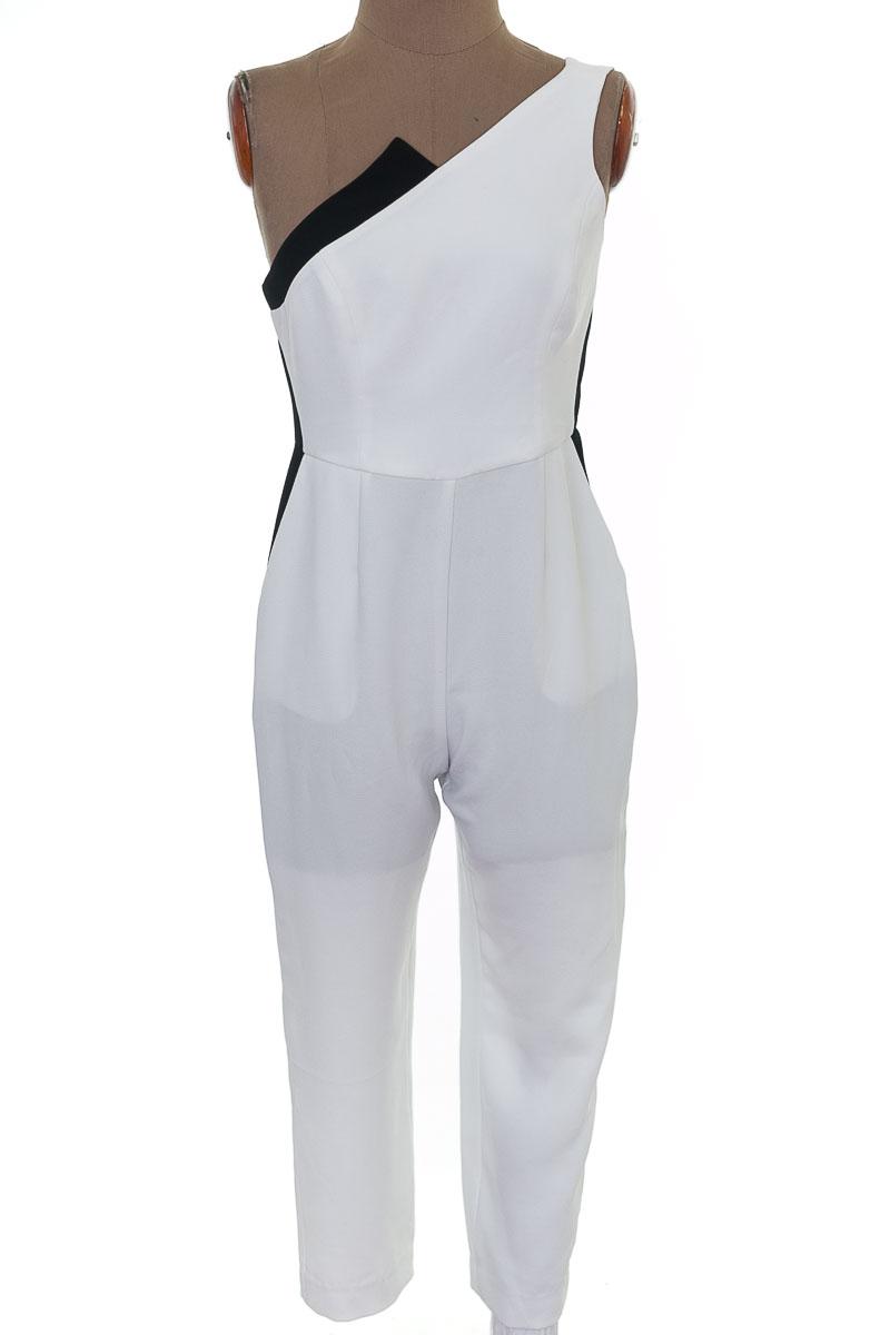 Vestido / Enterizo Enterizo color Blanco - BCBG
