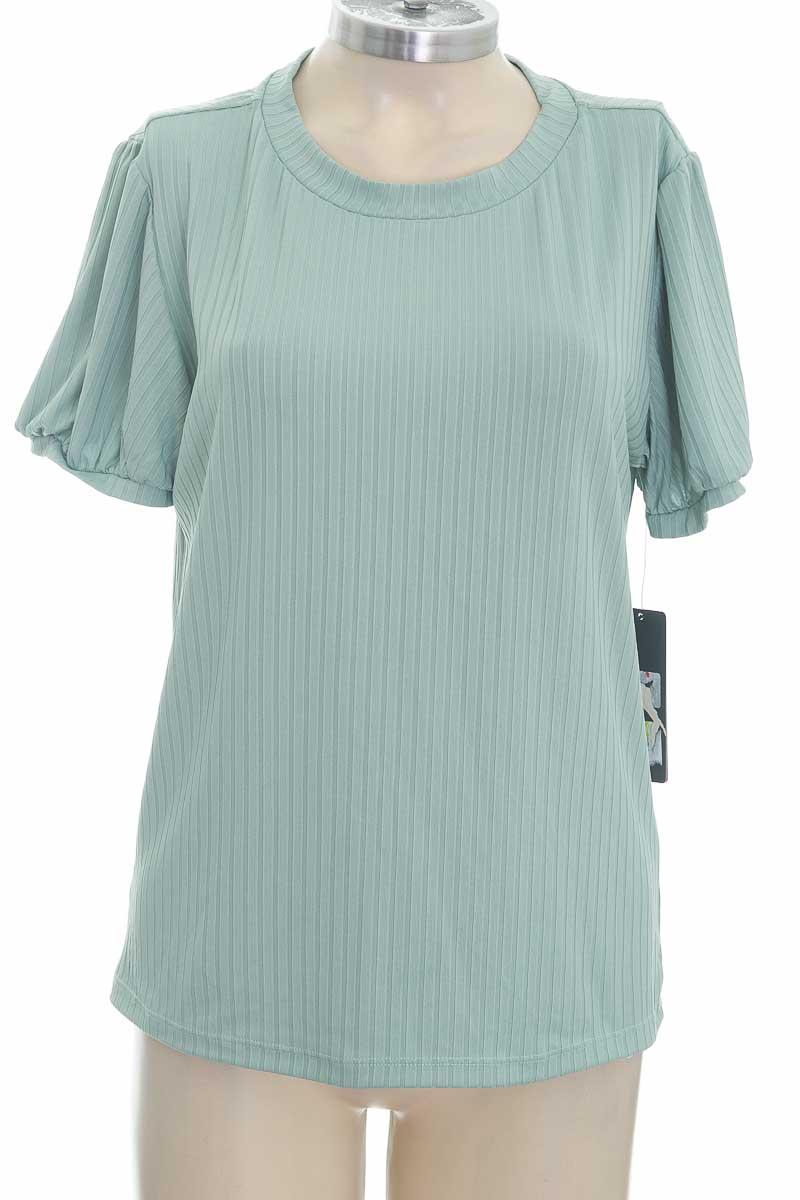 Blusa color Verde - Basement