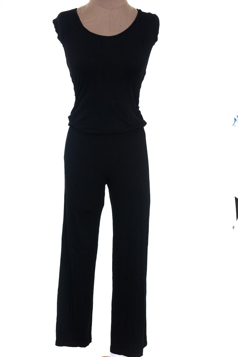 Vestido / Enterizo Enterizo color Negro - ELA