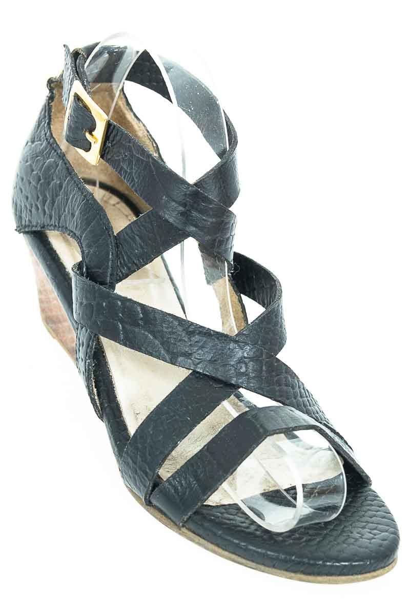 Zapatos Sandalia color Negro - Agua de Mayo