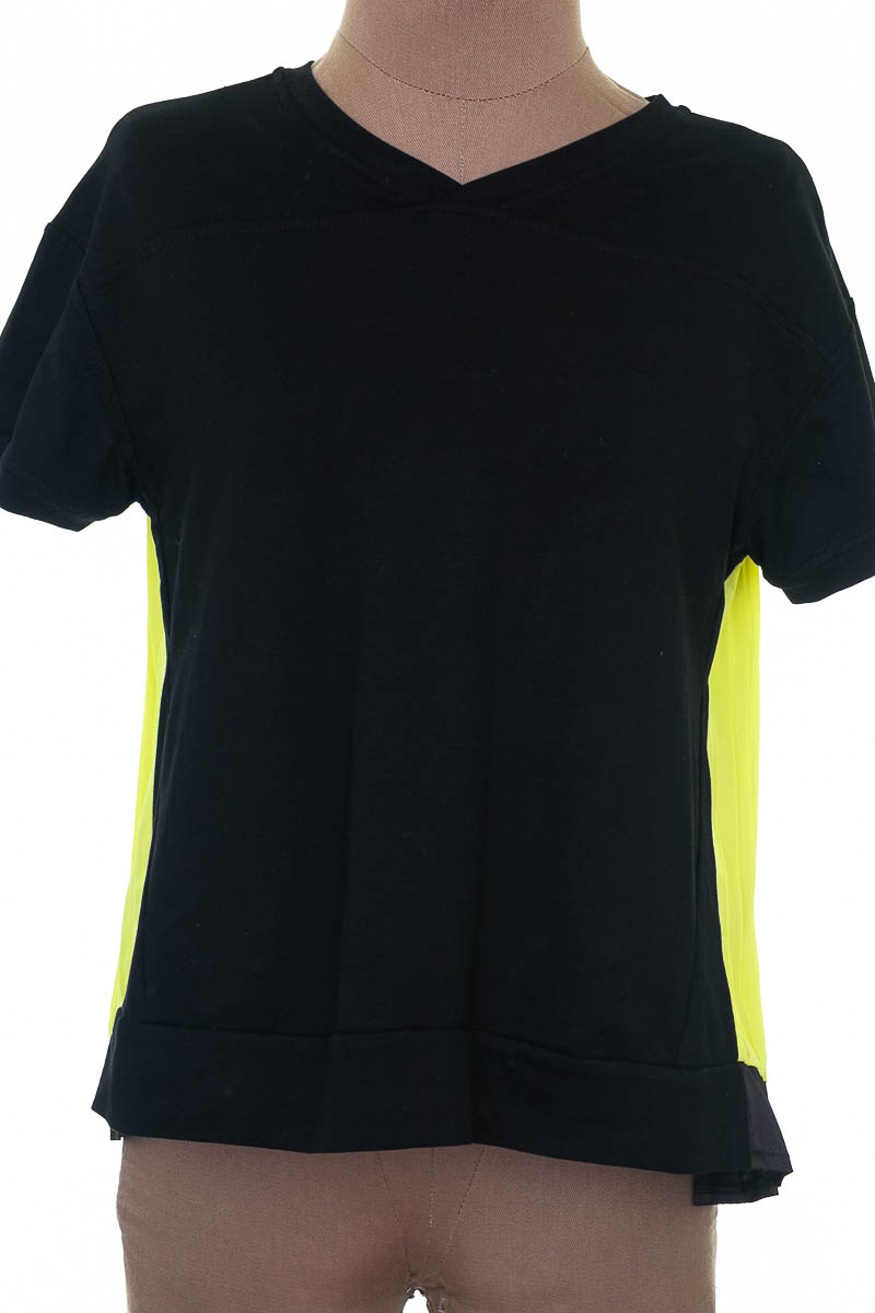 Blusa Casual color Negro - Closeando