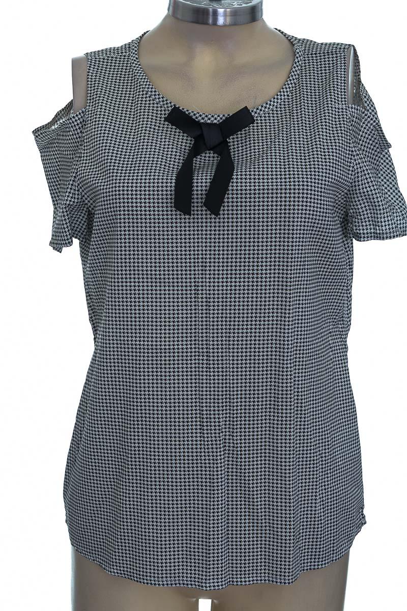 Blusa color Negro - Feminine