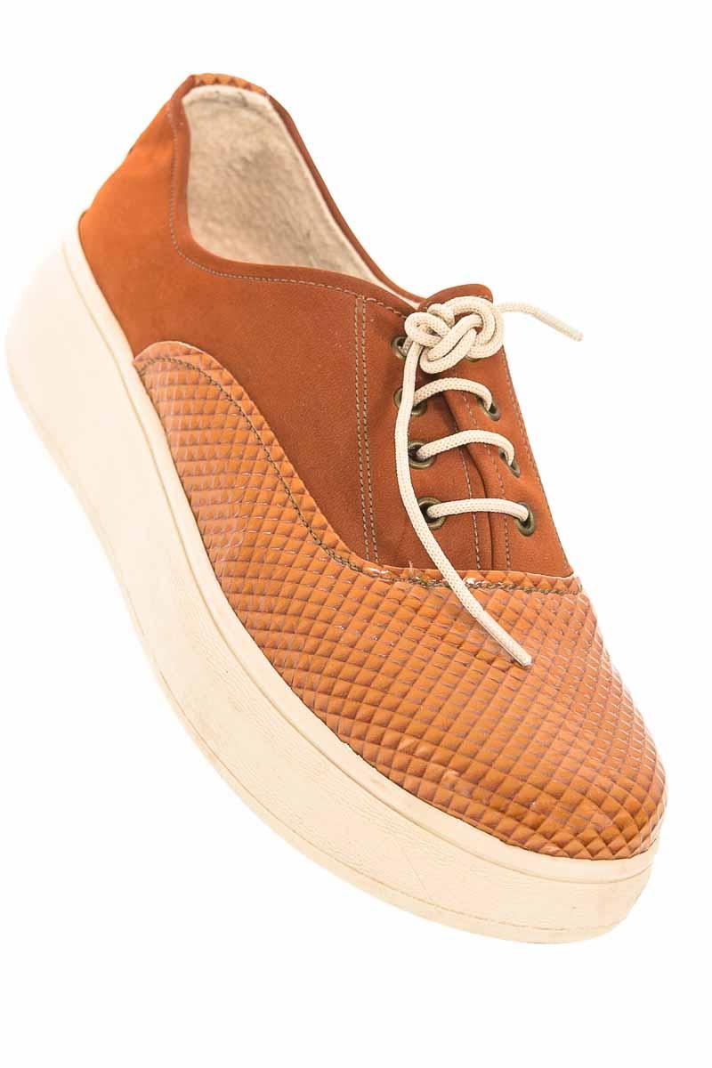 Zapatos Sandalia color Café - Oktober