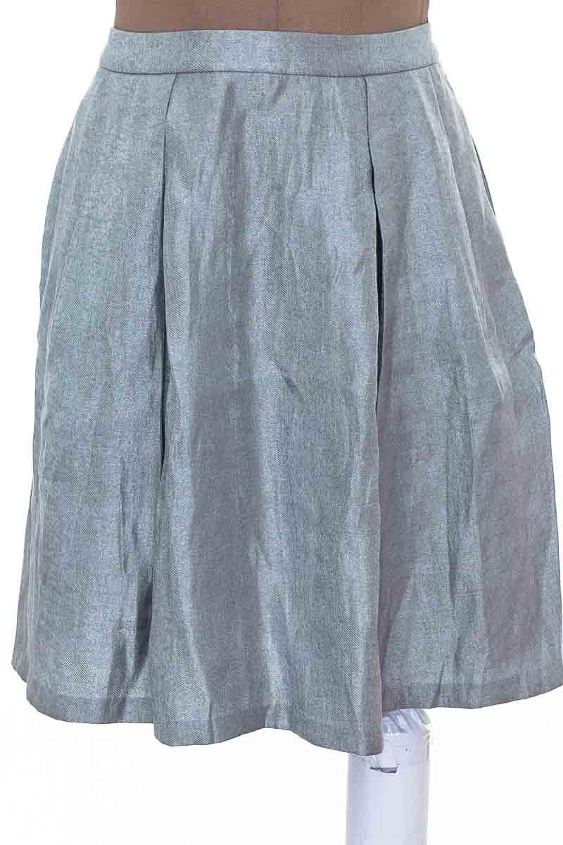 Falda Casual color Plateado - Nine West