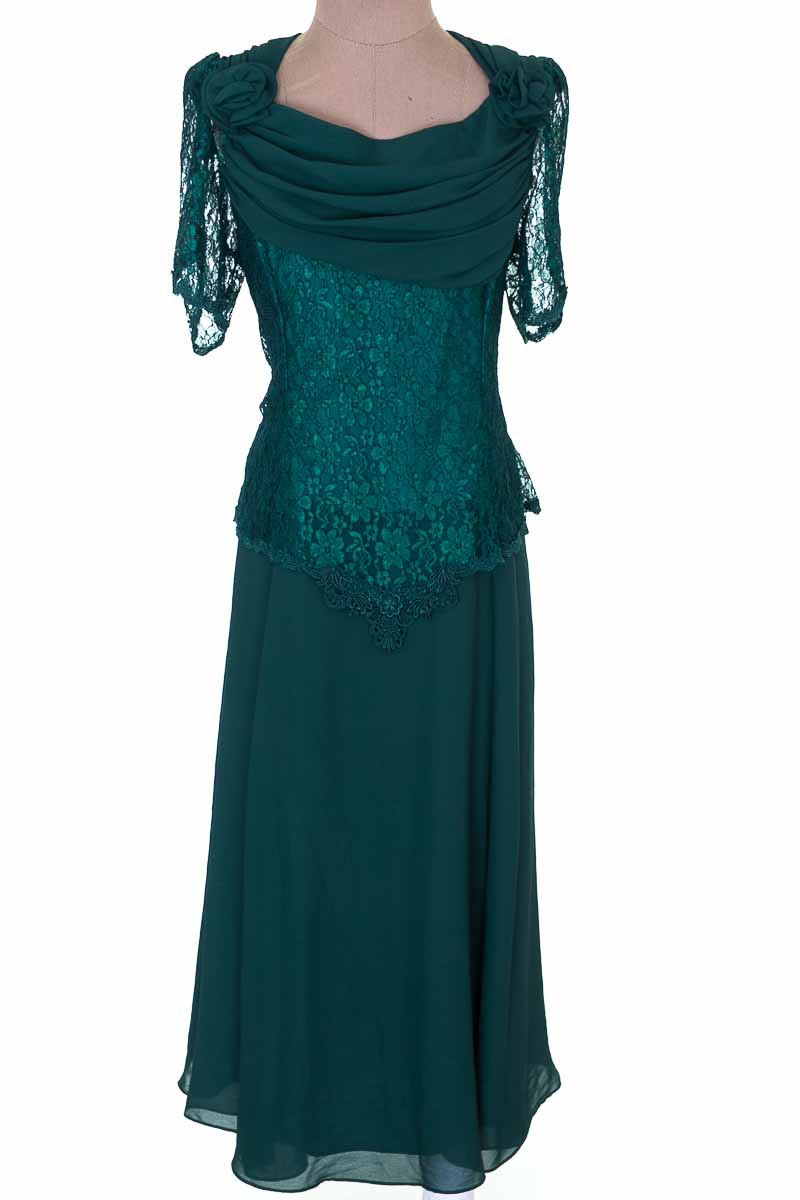 Vestido / Enterizo Casual color Verde - SWOYS