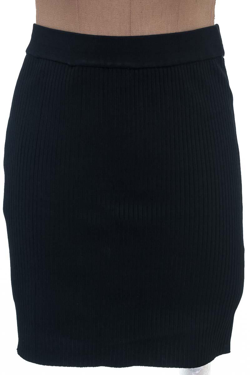 Falda Casual color Negro - Zara