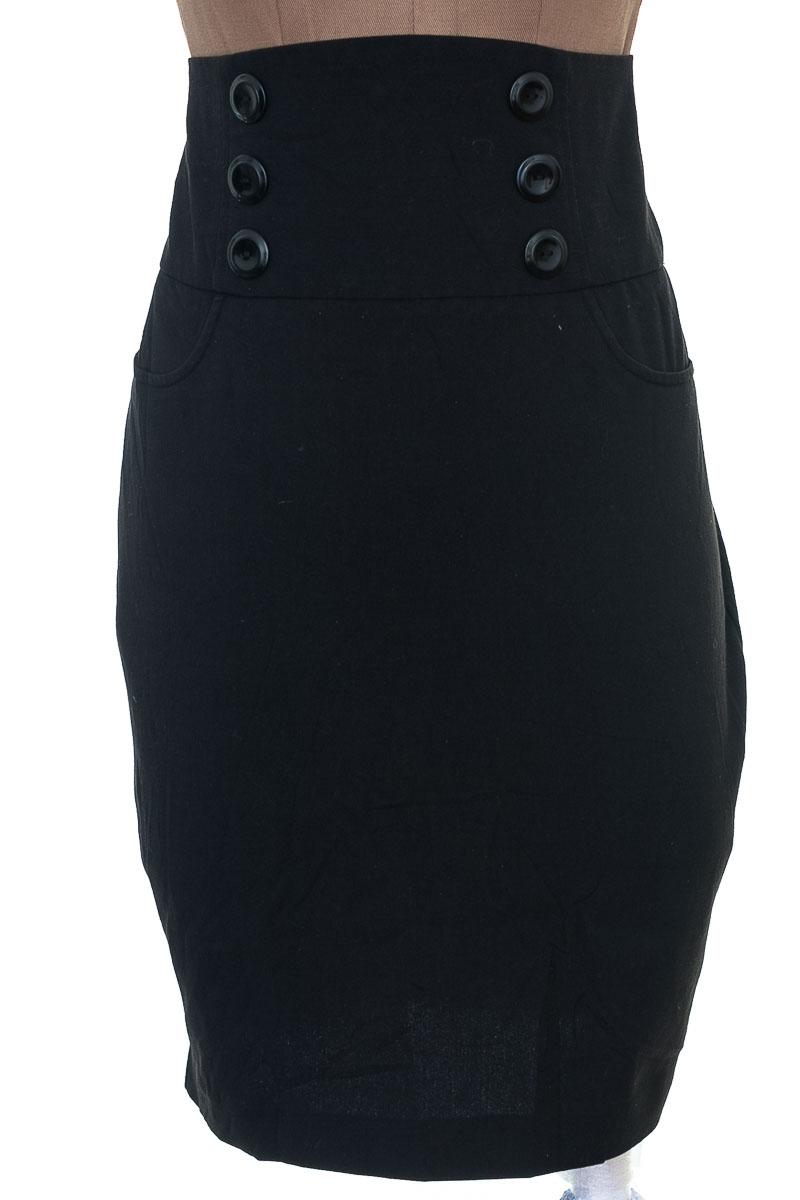 Falda Elegante color Negro - Bcx