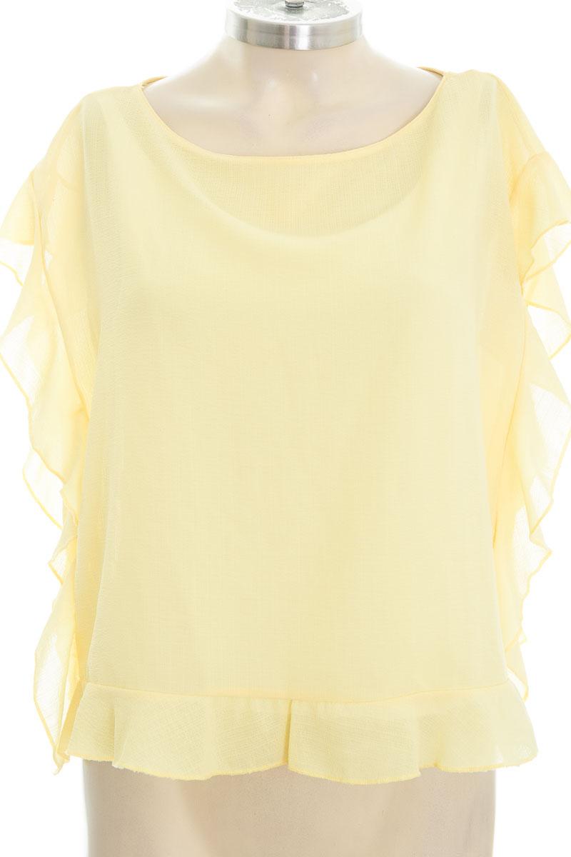Blusa color Amarillo - Zara