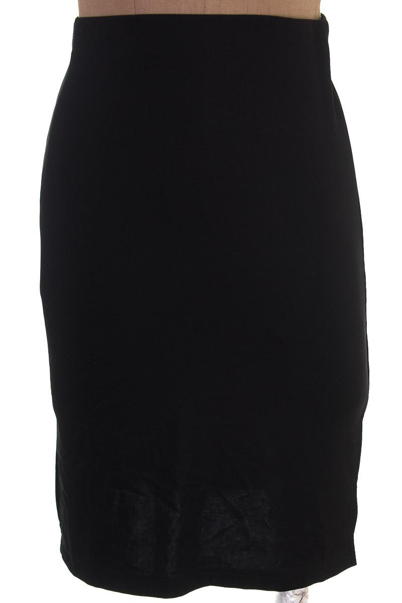 Falda Elegante color Negro - Silvergate